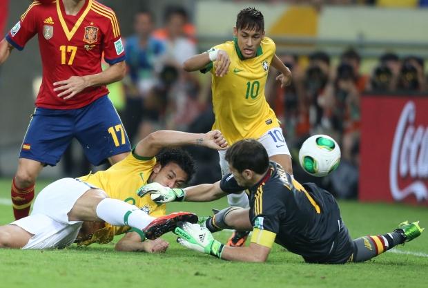 Brasil dá show contra Espanha e conquista a Copa das Confederações - esportes - futebol - Estadão